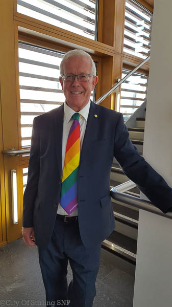 Bruce Crawford MSP wearing his TIE campaign tie